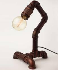 Özel Tasarım ve el yapımı olan dekoratif masa lambası ile en uygun fiyata evinizin şıklığına şıklık katın